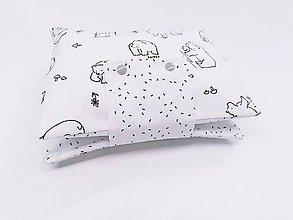 Detské doplnky - Obal na plienky čierno-biely s medvedíkmi - 11301977_