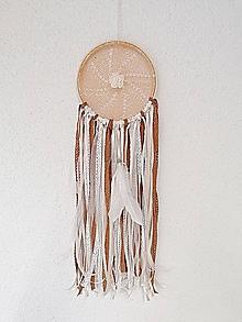 Dekorácie - Lapač snov 17cm škoricovo-krémovo-biely - 11302883_