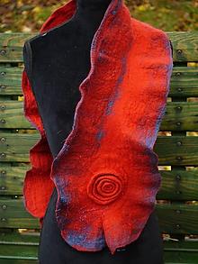 Šály - Červený plstený šál z merino vlny - 11302246_