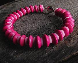 Náramky - drevený náramok disky cyklámenovo ružový - 11304174_
