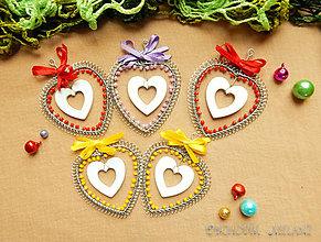 Dekorácie - Vianočná dekorácia srdiečko - 11302821_