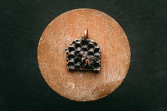 Náhrdelníky - Prívesok včela III. - 11304818_