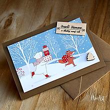 Papiernictvo - Vianočná pohľadnica Macko a líška nesú darčeky - 11309423_