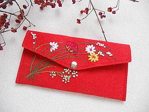Peňaženky - Spomienka na leto (ručne vyšívaná peňaženka) - 11308106_