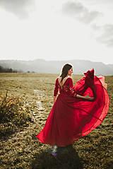 Šaty - Bordové vyšívané šaty - 11308738_