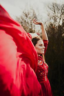 Šaty - Bordové vyšívané šaty - 11308735_