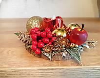 Svietidlá a sviečky - malý zlato červený svietnik - 11308686_