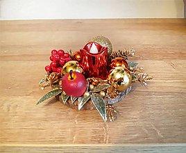 Svietidlá a sviečky - malý zlato červený svietnik - 11308679_