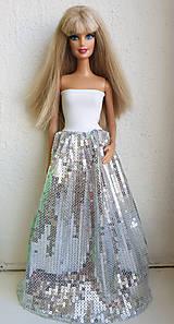 Hračky - Flitrové strieborné spoločenské šaty pre Barbie - 11309460_
