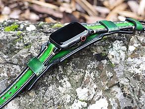 Náramky - Kožený remienok pre apple hodinky zelený - 11310307_