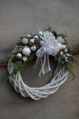 Dekorácie - Vianočný venček bielo - strieborný - 11308667_