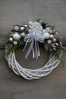 Dekorácie - Vianočný venček bielo - strieborný - 11308661_