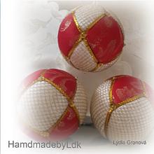 Dekorácie - Vianočné gule - bielo-červeno-zlaté - 11312632_