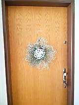Dekorácie - vianočný veniec na dvere - 11314369_