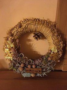 Dekorácie - Vianočný veniec - 11314472_