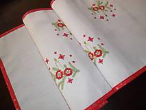 Úžitkový textil - Vianočný obrus stredový - vyšívaný. - 11311410_