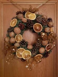 Dekorácie - Vianočný veniec na dvere - 11313531_