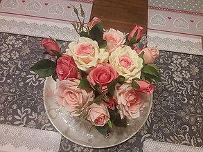Dekorácie - Kvety vo vaze - 11313904_