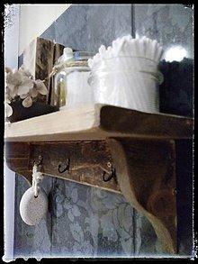 Nábytok - Drevená polica do kúpeľne - 11311510_