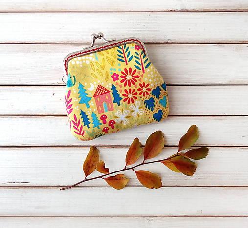 Peňaženka mini Domčeky a stromy na žltej