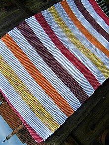 Úžitkový textil - Tkaný koberec žlto-oranžovo-červeno-bielo-bordový - 11311504_