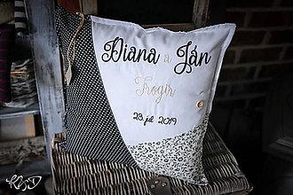"""Úžitkový textil - Vankúšik pre """"Diana a Ján"""" - 11319489_"""