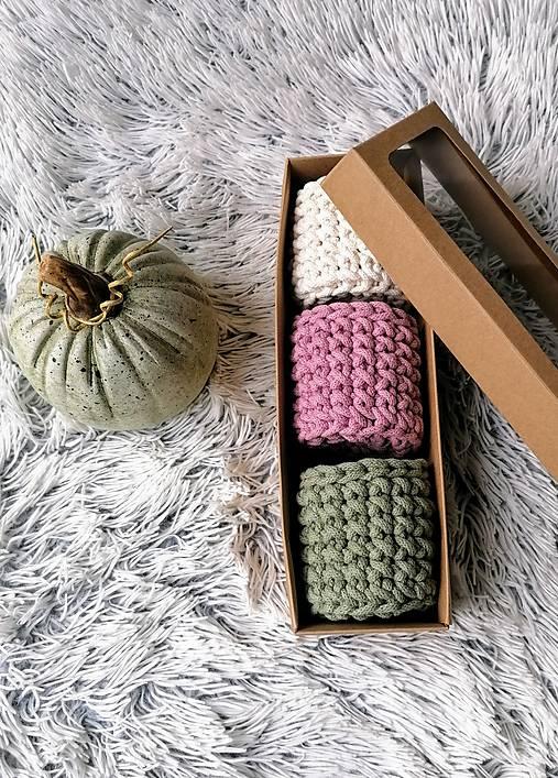 Dekorácie - Sada háčkovaných minikošíkov v krabici (variant 4) - 11317159_