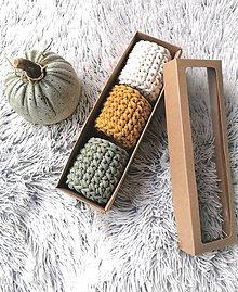 Dekorácie - Sada háčkovaných minikošíkov v krabici (variant 1) - 11317108_