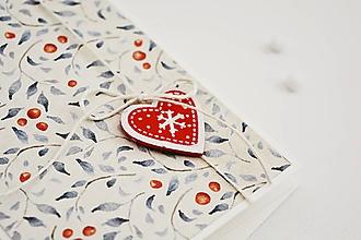Papiernictvo - Vianočný pozdrav - lístky s plodmi (Srdiečko) - 11317475_