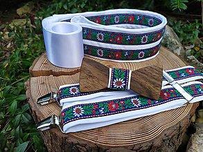 Doplnky - Pánsky drevený motýlik, traky a dámsky opasok - 11317314_