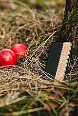 Knižkové puzdro na telefón Čičmany - čierne