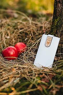 Na mobil - Kožené puzdro na telefón Čičmany - biele - 11316515_
