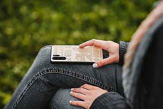 Na mobil - !!!AKCIA!!! -30% Drevený zadný kryt #RedAntNature Čičmany - 11317539_