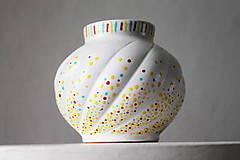 Dekorácie - Vázička - Tricolor bodky - 11317725_