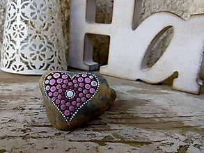 Drobnosti - Ružová neha - Na kameni maľované - 11317018_