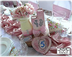 Dekorácie - Romantické svadobné dekorácie: váza,svietnik,rámik na fotku/čísla na stoly... :) - 11317501_