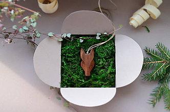 Náhrdelníky - majestic mustang - 11317552_