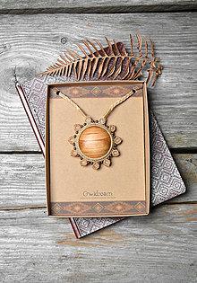 Náhrdelníky - Drevený náhrdelník slnko •Anjelské slnko• - 11317596_