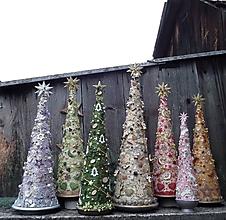 Dekorácie - Vianočné stromčeky ... - 11323446_