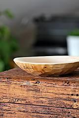 Nádoby - Drevená lipová miska zdobená (malá) - 11322820_