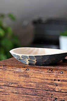 Nádoby - Drevená lipová miska sivá zdobená (malá) - 11322766_