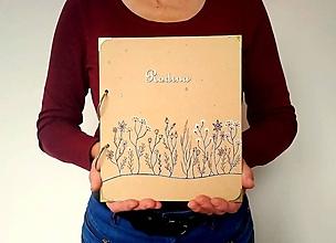 Papiernictvo - Fotoalbum kreslený * rodinný * svadobný album 24 * 21 cm * voliteľný nápis - 11322678_