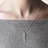 Náhrdelníky - Strieborný náhrdelník s levanduľou - 11323710_