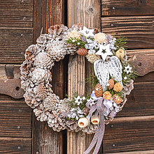 Dekorácie - Vianočný veniec s anjelskými krídlami - 11322258_