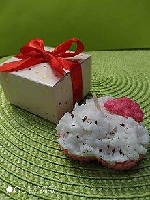 Svietidlá a sviečky - Palmová sviečka v darčekovom balení - 11323256_