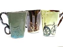 Nádoby - šálka XXL zo vzorom s bicyklom - 11322545_
