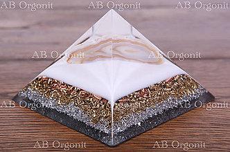 Dekorácie - Cheopsova pyramída - orgonit - 11321965_