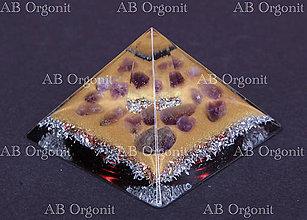 Dekorácie - Cheopsova pyramída - orgonit - 11323956_