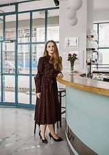 Šaty - Košeľové šaty s vertikálnym folkie dezénom - 11324629_