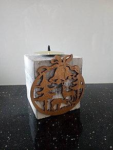 Svietidlá a sviečky - Dreveny svietnik - 11321182_